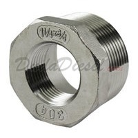 "SS304 Bushing 1-1/4"" Male x 3/4"" Female"